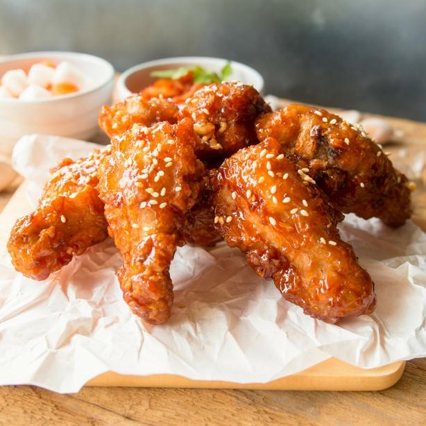 Foodoppi Sriracha & Honey Wings
