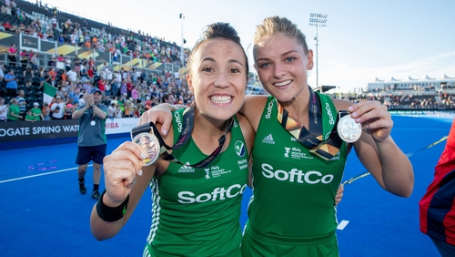 Anna O'Flanagan and Chloe Watkins show off their silver medals