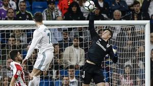 Kepa Arrizabalaga was convinced by Chelsea's Spanish players