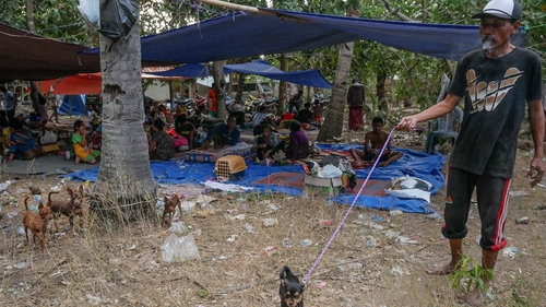 Terrified Tourists Flee Gili Islands After Lombok Earthquake