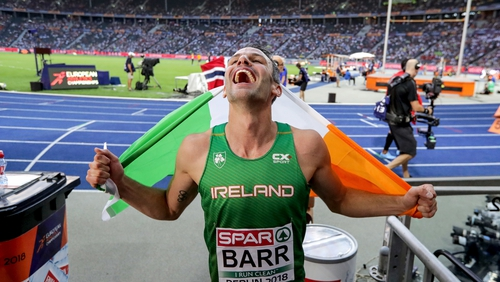 Barr celebrates his medal run