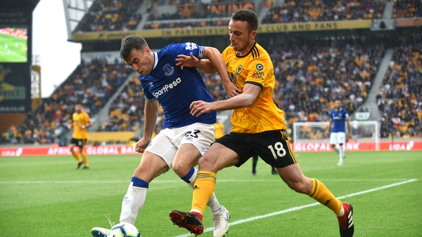 It was a 2-2 draw between Wolves and Everton.