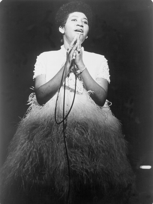 Soul singer Aretha Franklin performs onstage in circa 1967. (Photo by Michael Ochs Archives/Getty Images)