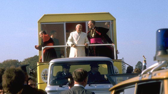 Pope in popemobile in Phoenix Park, 1979