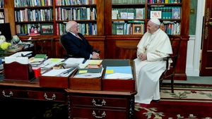 The Pope and President Higgins held a meeting in the President's study in Áras an Uachtaráin