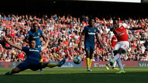 Danny Welbeck scores Arsenal's third
