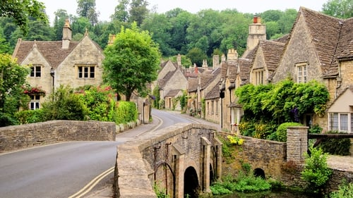 The Cotswolds presents the perfect opportunity for a short break for Irish holidaymakers.