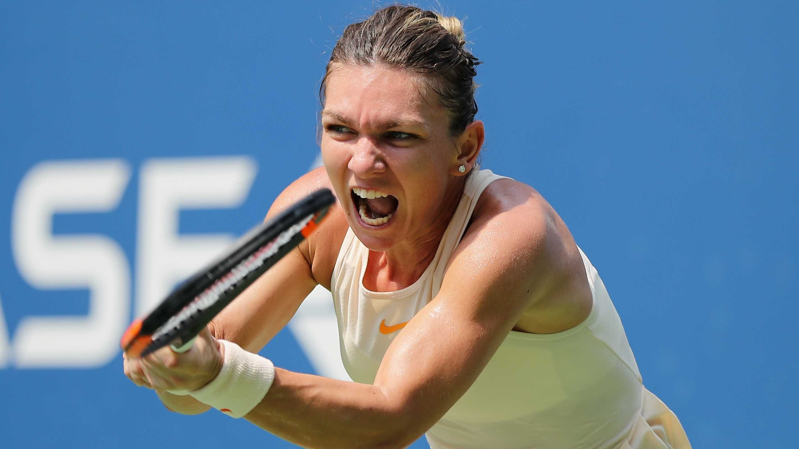 Simona Halep Falls At The First Us Open Hurdle Blue Top