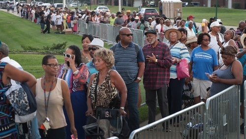Fans of Aretha Franklin attend a viewing for the soul music legend in Detroit