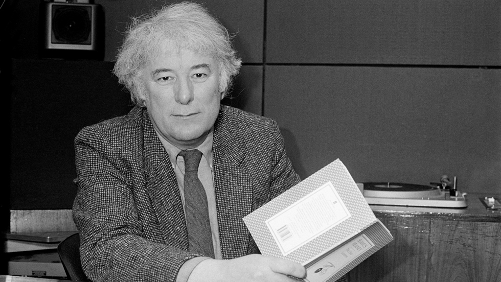 Seamus Heaney, 1987 © RTÉ Archives 2259/026