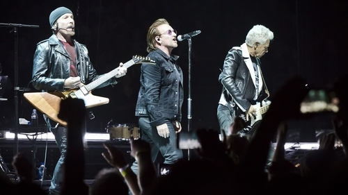 """Bono - """"I've seen a great doctor and with his care I'll be back to full voice for the rest of the tour"""" (picture from Berlin show on Friday night)"""
