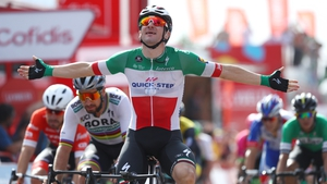 Elia Viviani celebrates his stage win