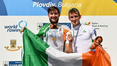 Gary and Paul O'Donovan celebrating with their medals