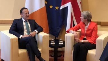 Cruinniú ag an Taoiseach le Theresa May i Salzburg ar maidin