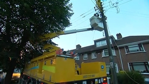 Crews from ESB Networks working to restore power to those affected