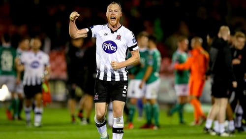 Chris Shields celebrates as Dundalk are within touching distance of reclaiming the league title