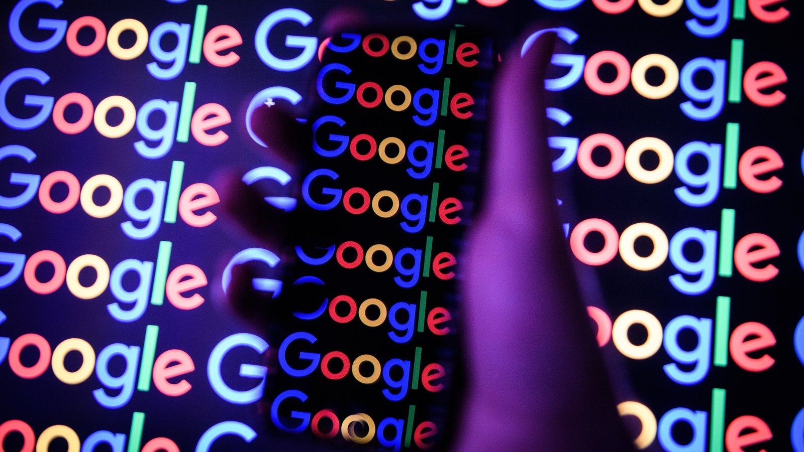 Google delays Chrome's blocking of tracking cookies