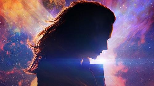 Sophie Turner's Jean Grey becomes Dark Phoenix