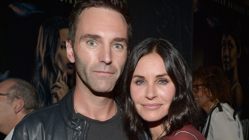 Courteney Cox caring for Johnny McDaid after surgery