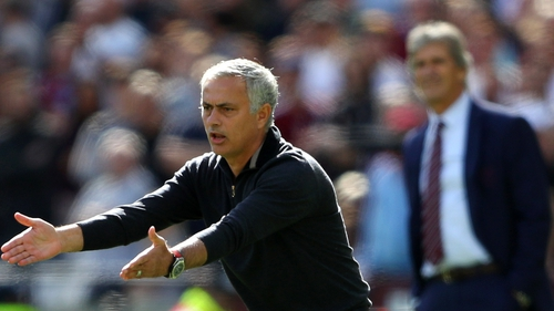Fans react as Manchester United player defends Jose Mourinho