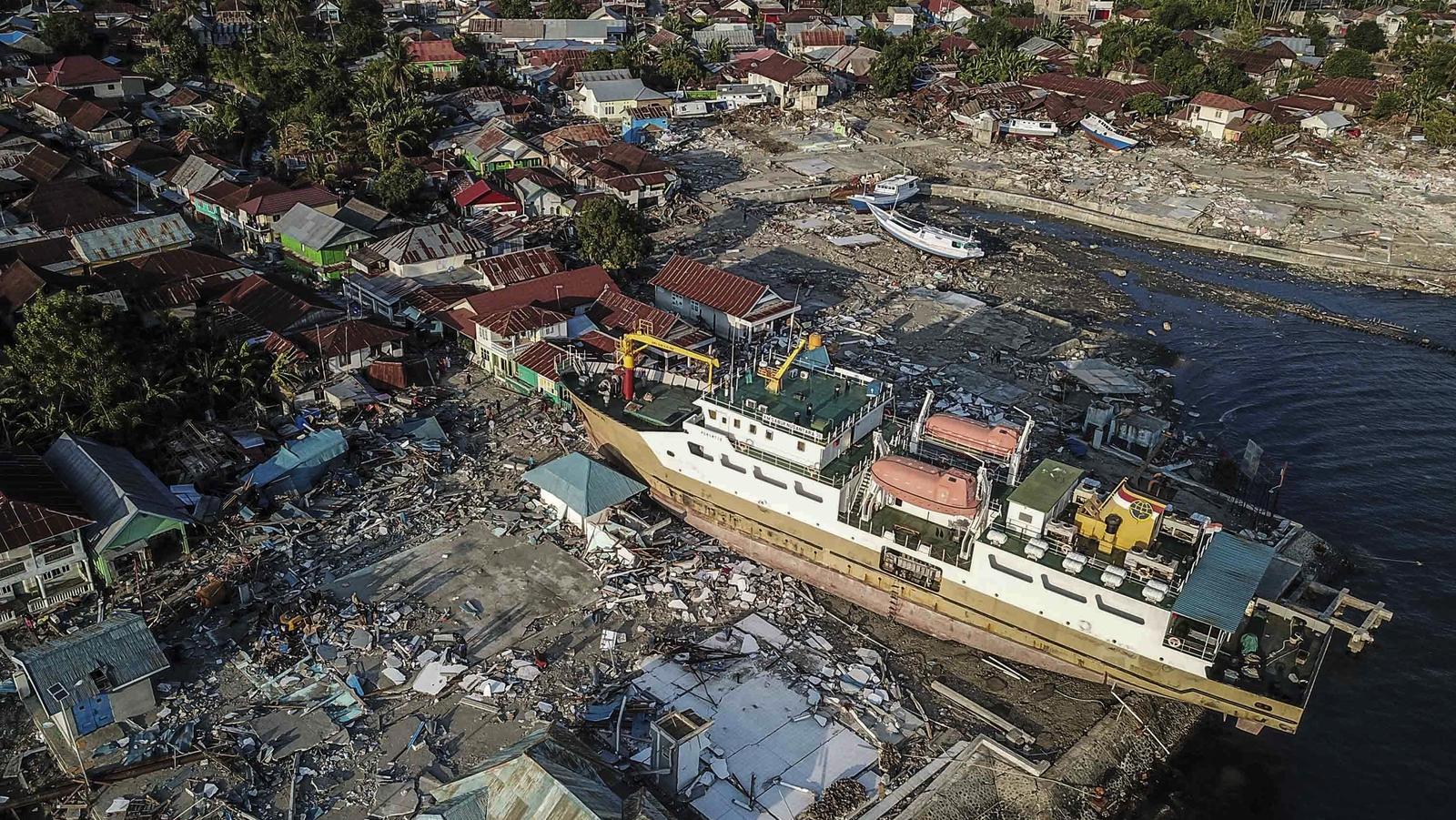 indonesia tsunami warning system failed on last mile