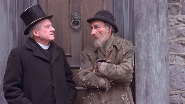 Cyril Cusack and David Kelly in Strumpet City