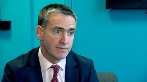 Damien English pointed out that Eir was already involved in a tendering process and the price was €2.7bn