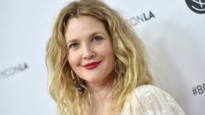 "Drew Barrymore ""interview"" goes viral"