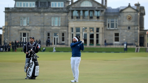 Dunhill leader Hatton poised to match Woods' Euro Tour feat class=