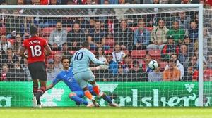 Eden Hazard scores his seventh goal of the season