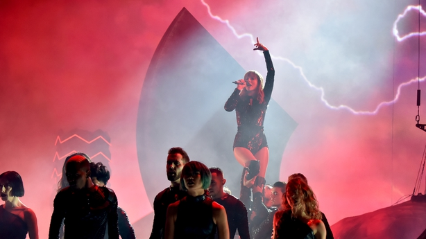Taylor Swift performs onstage during the 2018 American Music Awards