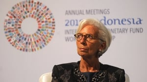 Christine Lagarde maintains that persistently low inflation requires prolonged stimulus