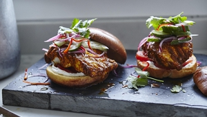 How to make Joe Wicks' tandoori cod burgers