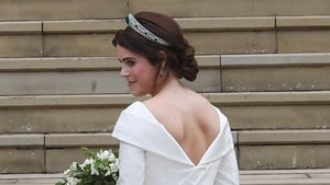 Princess Eugenie's dress showed her scoliosis surgery scar, as well as a nod to the 50s
