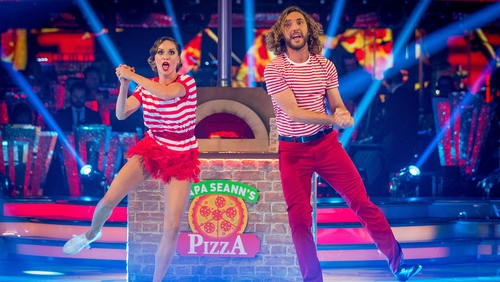 Seann Walsh and Katya Jones received a score of 28 from the judges for their Charleston