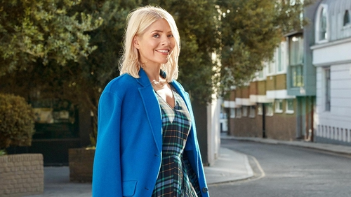 42ffc6f6fb27b Holly Willoughby reveals her winter fashion must-haves