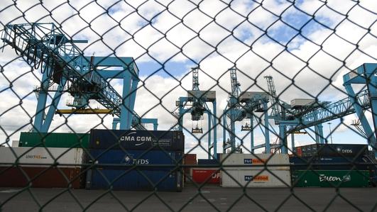 Brexit takes its toll on British-Irish trade