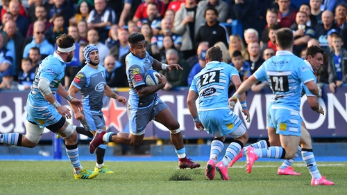 Cardiff Blues and Glasgow Warriors took the field in the Champions Cup wearing alarmingly similar jerseys