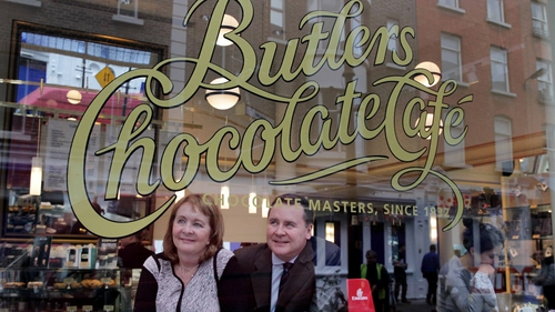 Butlers Chocolates' Mairead Sorensen and Enda Corneille, country manager for Emirates in Ireland