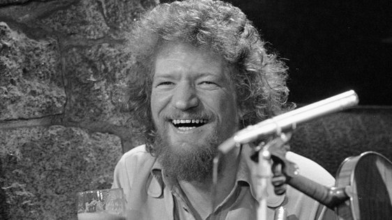 Luke Kelly on 'The McCann Man' (1974)