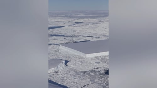 NASA Has Photographed More of Those Strangely Soothing Rectangular Icebergs