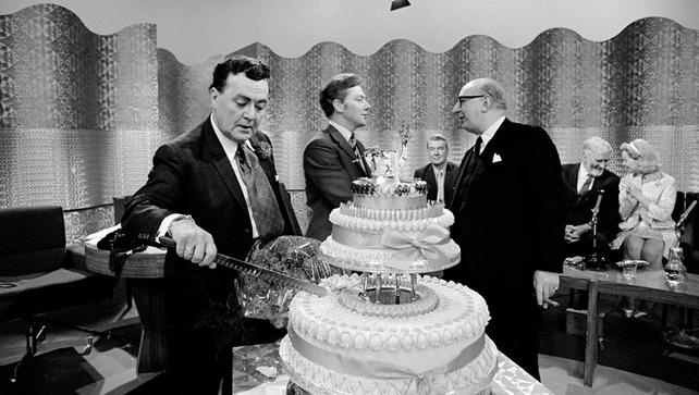 Mícheál Mac Liammóir 70th Birthday Celebrations on The Late Late Show (1969)