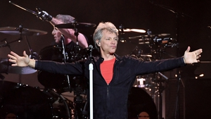 Jon Bon Jovi: thanks long-time pal Larry for his radio support