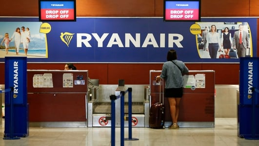 Ryanair luggage rule changes come into effect