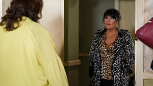 Jessie Wallace - Back as Kat