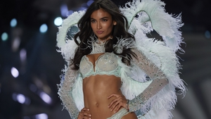 How a Victoria's Secret model got into shape for yesterday's show