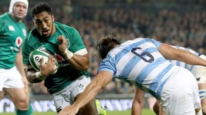 Bundee Aki darts over for his try