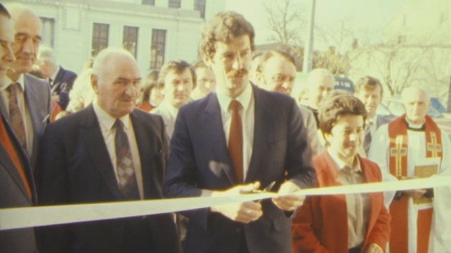 Tánaiste Dick Spring at the official opening of Kerry County Library in Tralee (1983)