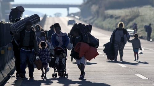 Migrants travelling in groups through Central America on the way to the US border