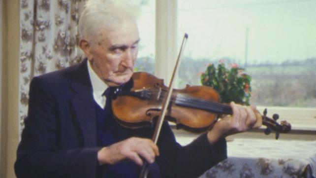 Seanchaí and musician Martin 'Junior' Crehan, Mullagh, County Clare (1988)